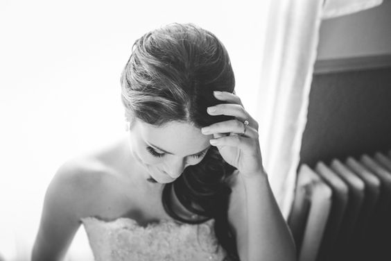 Caroline, the beautiful DIY bride. Image: Bonnallie Brodeur Photography