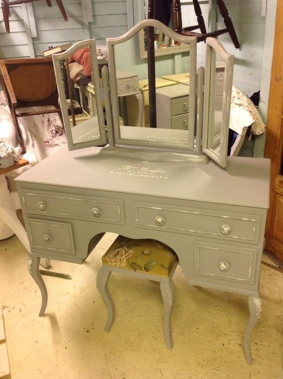 Vintage Shabby Chic Louis Style Dressing Table