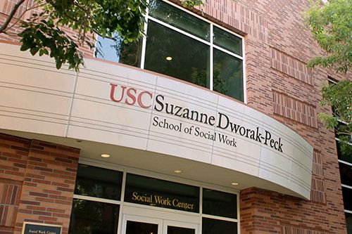 Do You Know About These 10 Scholarships For Children Of Veterans Blog Usc Suzanne Dworak Peck School Of Social Work Month Social Work Social Work Programs