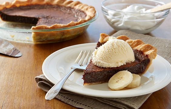 Try this Upside-Down Hot Fudge Sundae Pie recipe, made with HERSHEY'S products. Enjoyable baking recipes from HERSHEY'S Kitchens. Bake today.