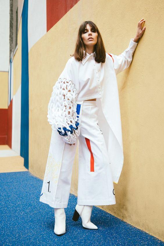 Fashion Designer: Anaïs Roger | Photographer: Fanny Dussol