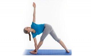 Yoga para bajar de peso - Trikonasana