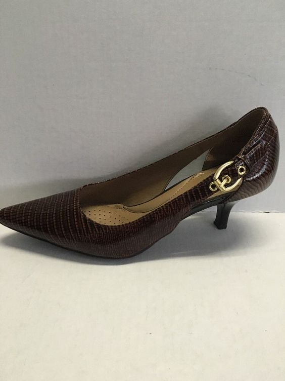 CIRCA JOAN &amp DAVID Callalily Brown Animal Print Leather Kitten