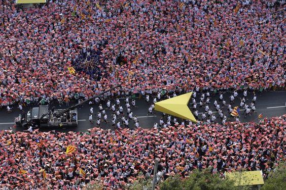 El puntero de la Via Lliure, recorriendo la Meridiana de Barcelona.
