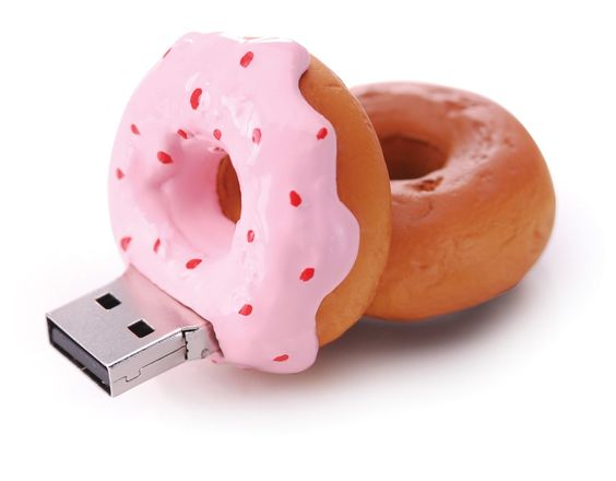 Amazon.com: 4GB Strawberry Donut USB Drive - Great Gift!: Computers & Accessories