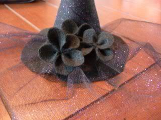 mini witch hats.