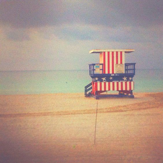 Morning walk in Miami! #southbeach #miami #florida