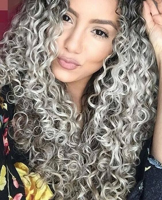 Pin By Kuukkik On Curly Hairs Curly Hair Styles Colored Curly Hair Best Hair Dye