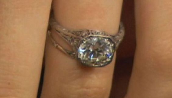 BEHATI PRINSLOO's engagement ring from ADAM LEVINE | Photo Credit: Extra
