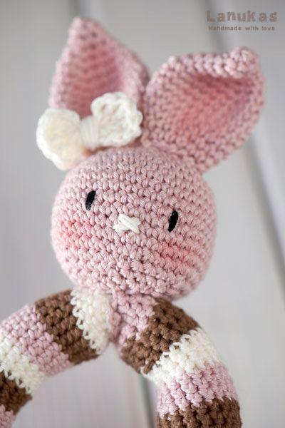Amigurumi Rabbit Face : Lanukas: Sonajero amigurumi la coneja Rosa Lanukas ...