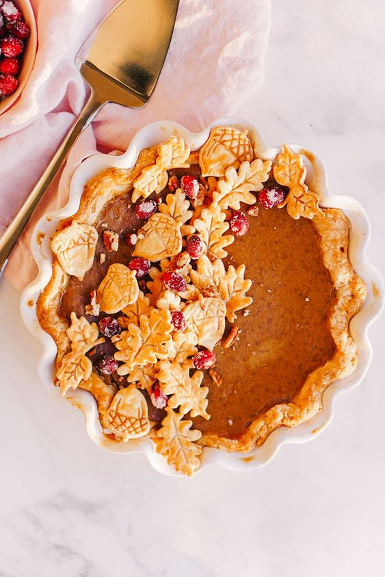 A recipe for maple pumpkin pie by Lauren Cermak of the Southern Lifestyle Blog, Going For Grace. This pie is the perfect addition to a Thanksgiving spread! The perfect pumpkin pie recipe!