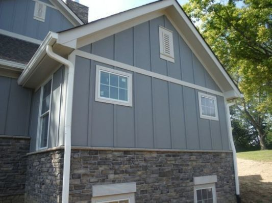 Gray Slate Hardie Plank With Stone Exterior House Siding House Exterior Exterior Siding