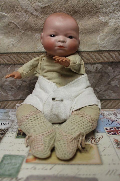 Bye Lo Baby Doll Bisque Is Excellent Body Very Clean 10 Inch Doll Dolls Baby Dolls Antique Dolls