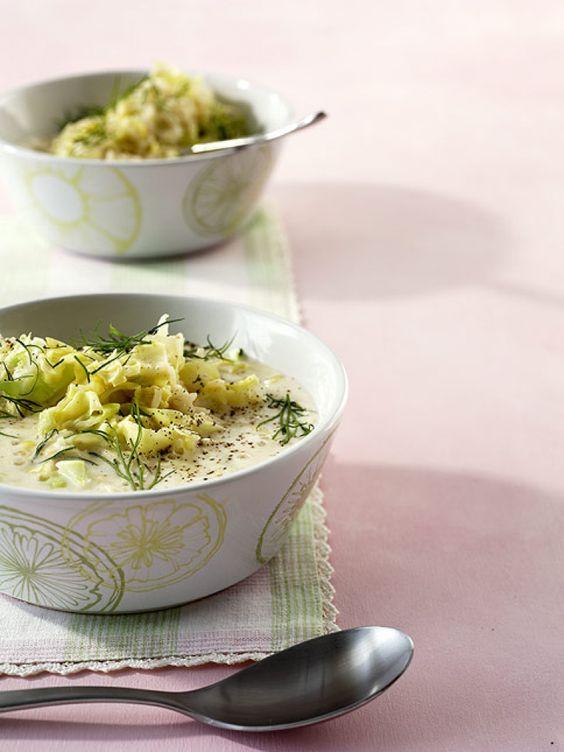 Zitronen-Spitzkohl-Suppe Rezept - ESSEN & TRINKEN