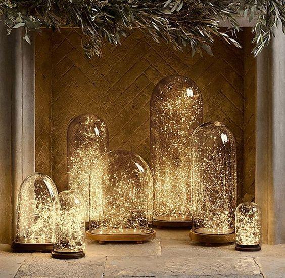 www.viajeslunamiel.com ♥   #Ideas #Viajes #LunaMiel #Love #Amor #Boda #Wedding #NosCasamos #CelebraElAmor #Juntos #Novios #decor #decoración Fill Wedding Bell Lights with Fairy Lights Vintage Lighting