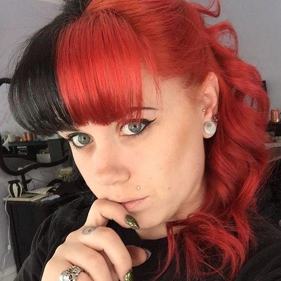 WEBSTA @ iliestia_plague - Hello new do! #redhair #cruelladevilhair #redandblackhair #halfblackhalfred
