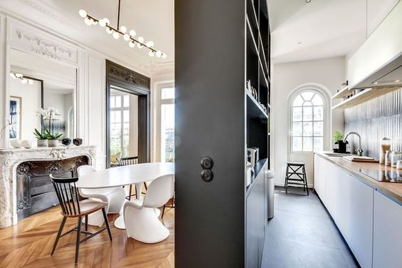 appartement haussmannien paris r nov 250 m2 paroi verrieres et luminaires de cuisine. Black Bedroom Furniture Sets. Home Design Ideas
