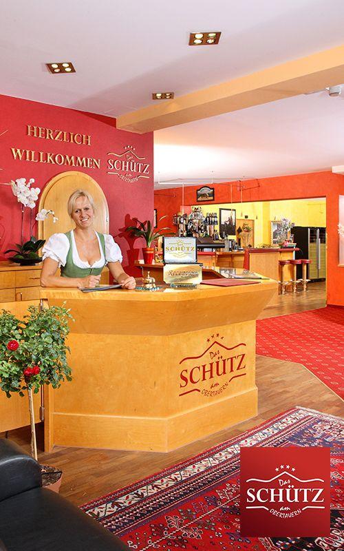 Das gesamte Team des Hotel DAS SCHÜTZ**** freut sich Sie Willkommen zu heißen!