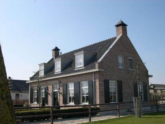 Meer dan 1000 idee n over traditionele buitenkant op pinterest huizen huizen en huisplattegronden - Ontwerp buitenkant ontwerp ...