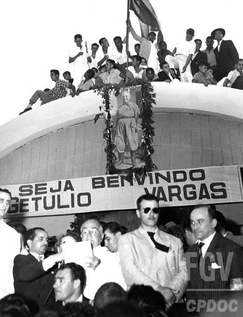 Campanha de Getúlio Vargas para as eleições presidenciais de 1950 no estado do Rio de Janeiro, entre 9 ago e 30 set 1950.