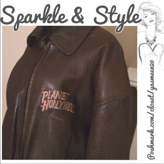 "❗️SALE❗️Vintage Planet Hollywood leather jacket Great unisex brown bomber jacket! ""Planet Hollywood Chicago"". Reversible with zip off removable leather collar. Planet Hollywood Jackets & Coats"