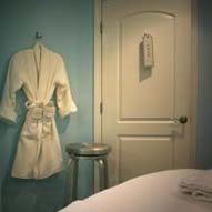 Visit Andrea Mclaughlin for massage and reiki !  Portsmouth , NH  Www.FACEBODYSPIRIT.net