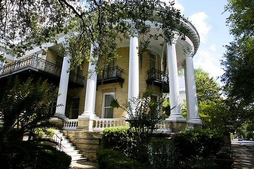 I wouldn't mind a porch like this at all.: Mansions Pictures, Southern Mansions, Mansions Galore, Mansions Grand, Southern Charm, Mansions Google, Southern Plantation, Mansions Beautiful