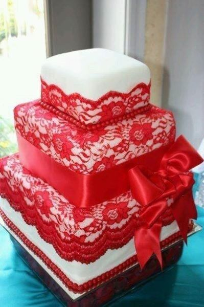 Beautiful weddings cakes and traditional African weddings cakes.... #wedding #party #weddingparty #TagsForLikes #celebration #bride #groom #bridesmaids #zabbadesigns #africantrends #africanfashion ❎Www.etsy.com/shop/zabbadesigns