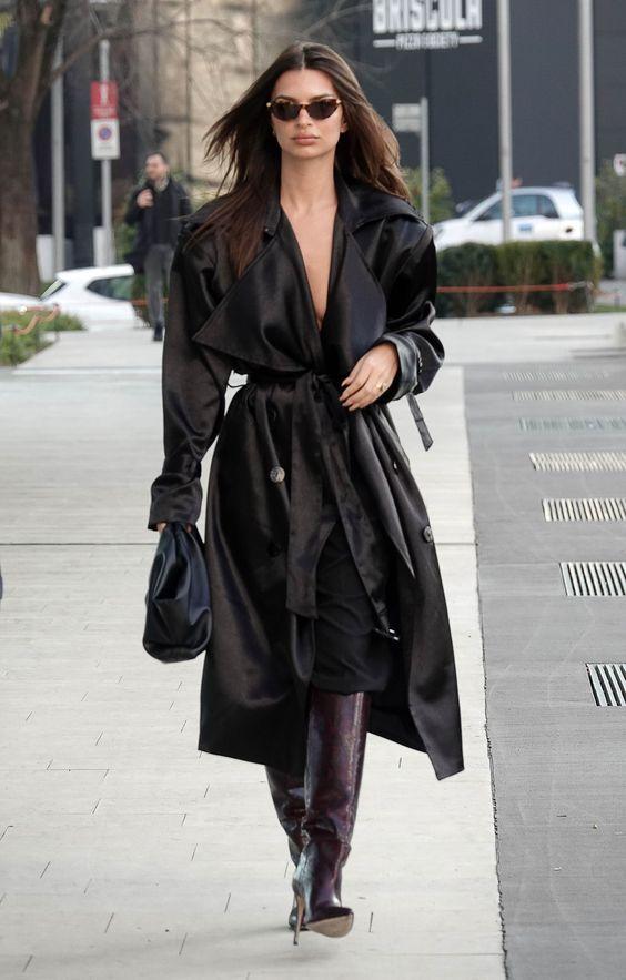 hot or not - Emily Ratajkowski outfit total black
