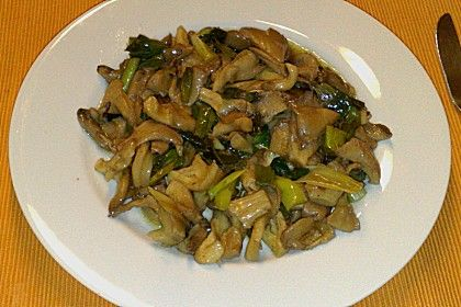 Geschmorte Frühlingszwiebeln und Austernpilze, ein beliebtes Rezept aus der Kategorie Gemüse. Bewertungen: 5. Durchschnitt: Ø 3,1.