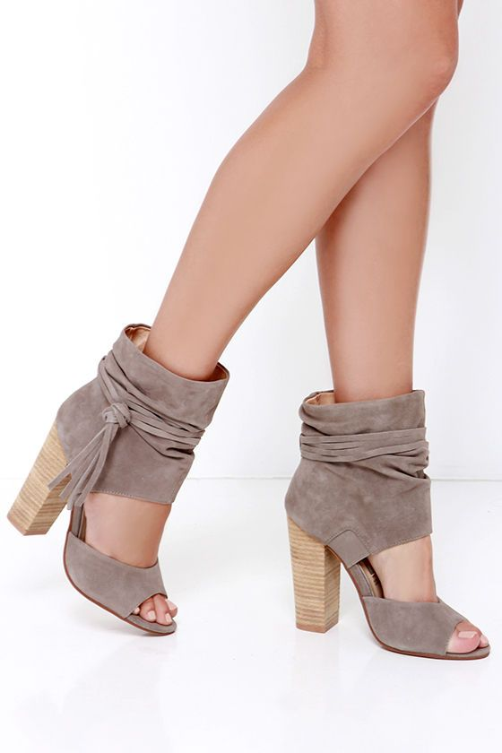 Chinese Laundry Leigh Grey Kid Suede Booties at Lulus.com!