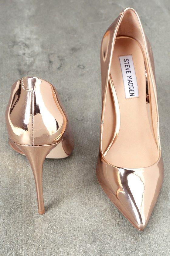 Gold dress shoes, Gold pumps