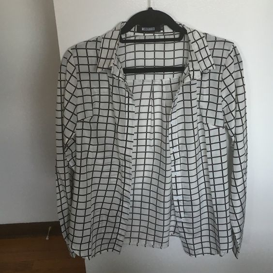 Missguided Collar Shirt Size UK 6 (US 2) This collar shirt is so not boring, perfect to spice up your work wardrobe! Worn only once! Missguided Tops Button Down Shirts