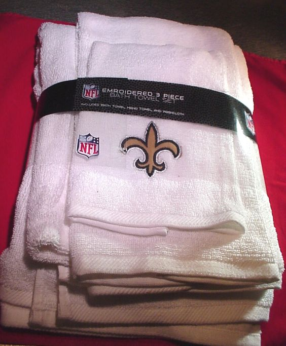 New Orleans Saints towels and washcloth set