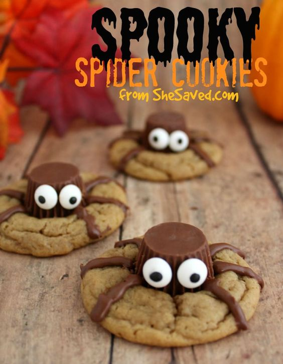 Halloween Recipes | These Spooky Spider cookies are so fun to make (the kids will love helping you) and they also make for a fun treat to bring to parties and gatherings.