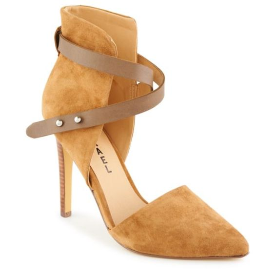 MICHAEL Pointy Toe Pump in Tan $69.99 (Compare at $139.00)