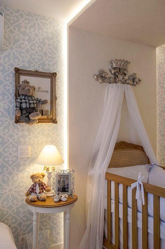 Quando se pensa em projetar um quarto de bebê, um ponto importante a se levar em conta é a iluminação. Através dela podemos criar um ambiente acolhedor e tranquilo, que seja propício ao sono do bebê e confortável durante o ato de amamentar e trocar o seu pequeno. A seguir formulamos algumas dicas que você …Continue Lendo...