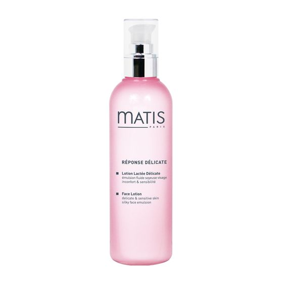 Want a clean, smooth and refreshed face? Use #Matis Reponse Delicate Face Lotion. It gently removes impurities and it perfect for sentitive skin.