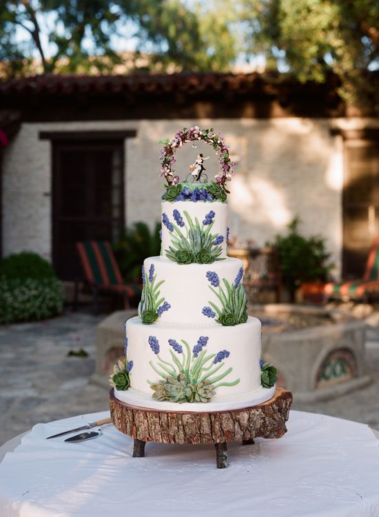 tree slice wedding cake stand tree trunk cake stand cakes amp dessert tables 21253