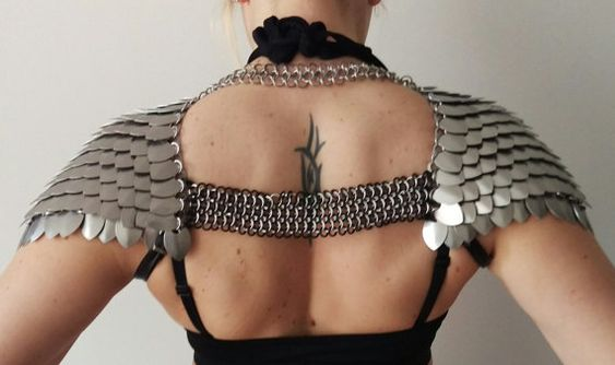 Xena Scale Pauldrons Scalemail Chainmail silver by SeraphimSin