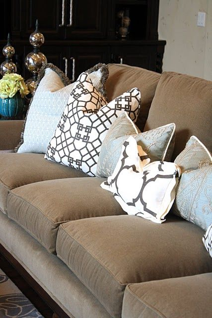 Throw Pillows For Brown Couch : Another brown couch - I have throw pillows on my mind! For the Home Pinterest Brown couch ...