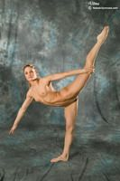 Naked Gymnast Vilma picture 11
