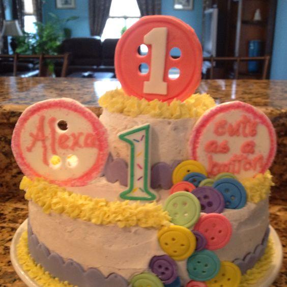 """Lexa's first birthday """"cute as a button"""" cake"""