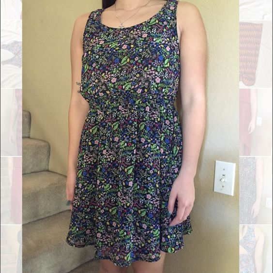 Multicolor floral sundress 100% polyester flowy sundress. Fit & flare. Can be a day or night dress H&M Dresses Mini