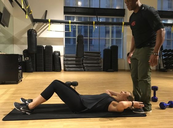 I Tried A Victoria's Secret Model's Abs Workout And It Was No Joke