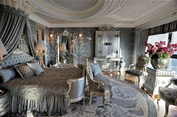 I just love this beautiful suite.......