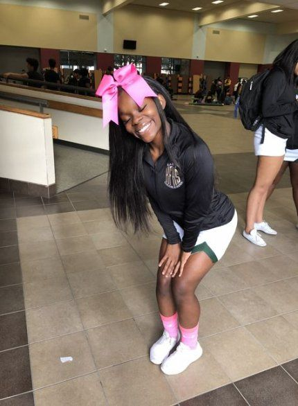 29 Ideas For Sport Hairstyles For Girls Schools Cheer Hair Cheer Hair Cheerleading Hairstyles Cheerleading Outfits