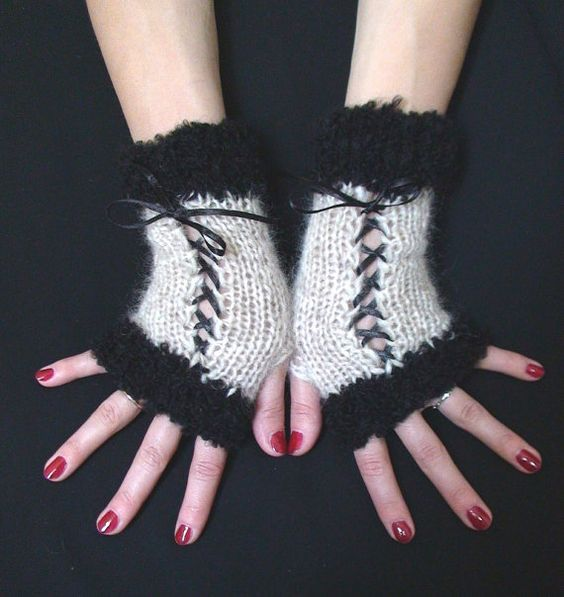 Fingerless Gloves in Light Beige and Black with Satin by LaimaShop