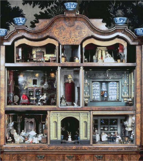 a haunted dollhouse? ... via http://blessedwildapplegirl.blogspot.ca