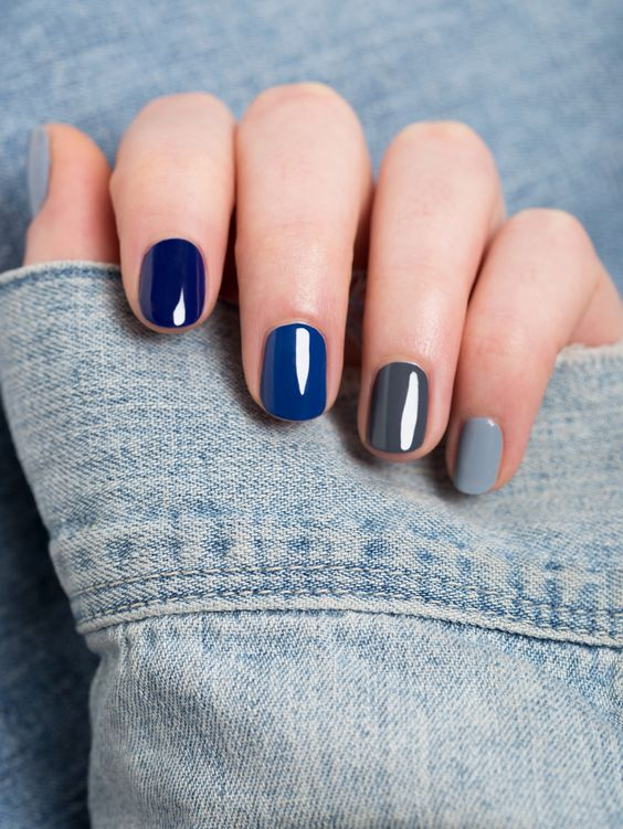 Pretty mismatched blue nail art design